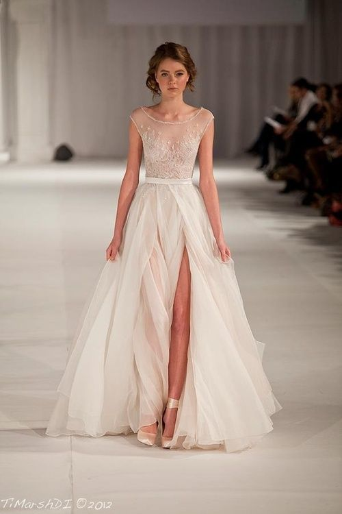 I'd wear this Elie Saab gown